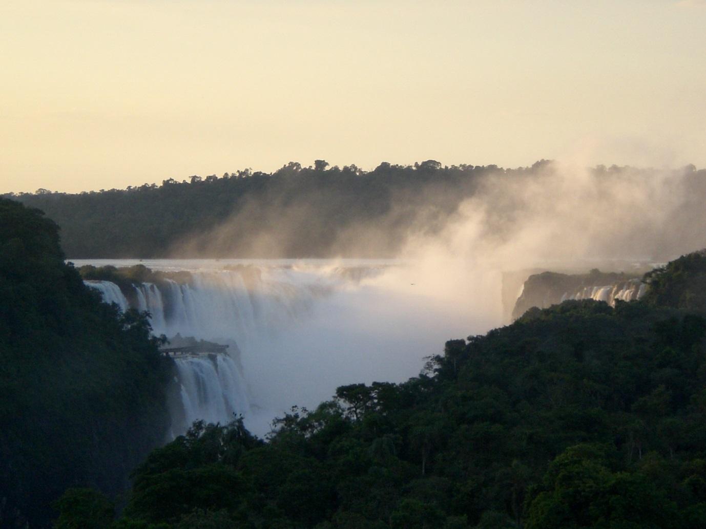 argentina iguazu morning 2