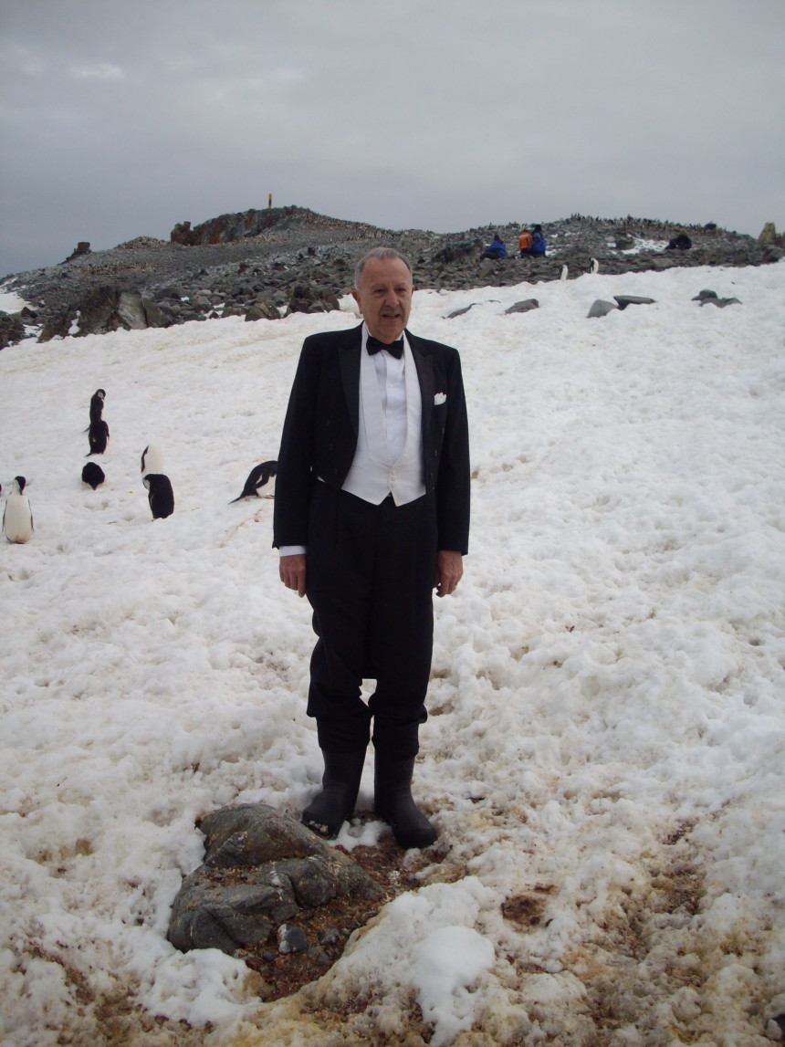 antarctica penguin man 1