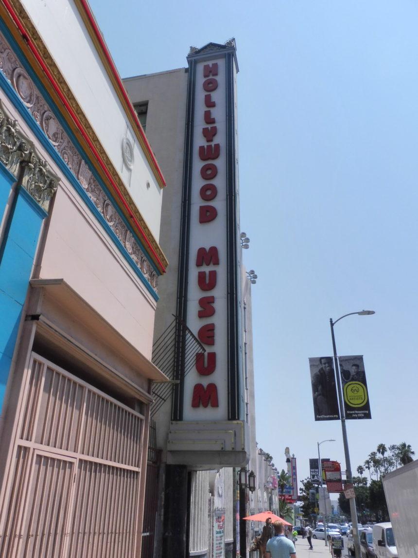 USA Hollywood Museum - exterior
