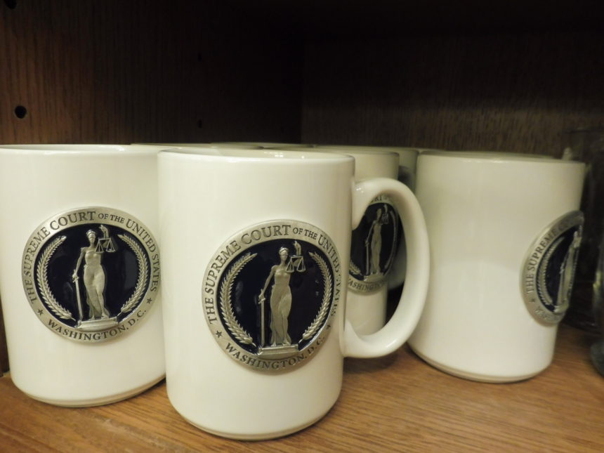 US DC Supreme Court gift shop - mugs