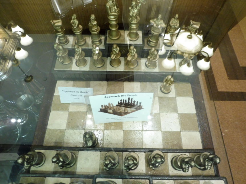 US DC Supreme Court gift shop - chess 1