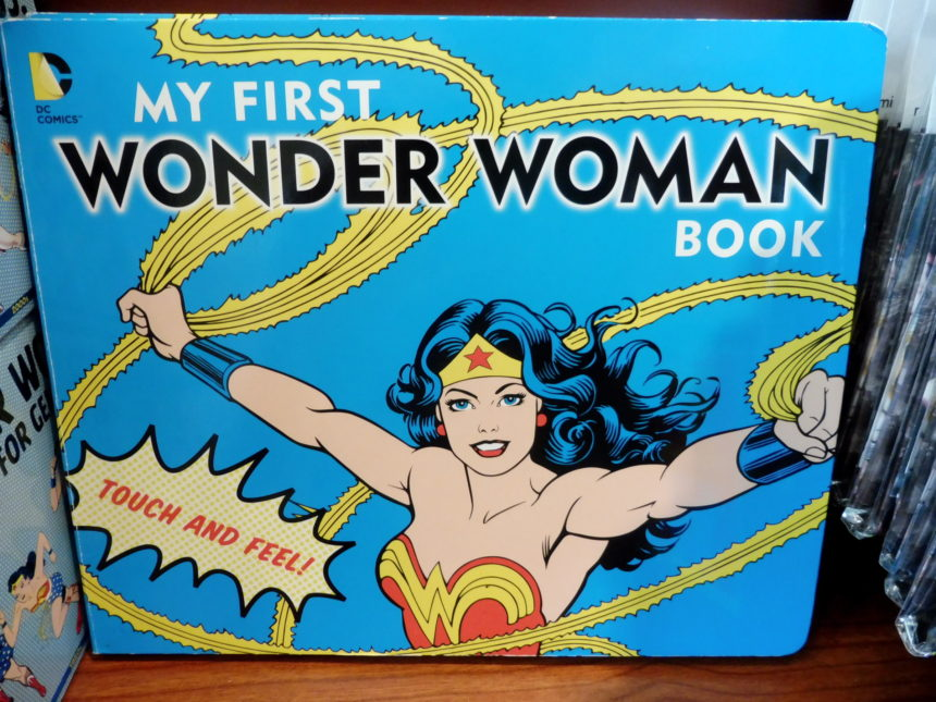 USA DC Library of Congress gift shop - Wonder Woman 1