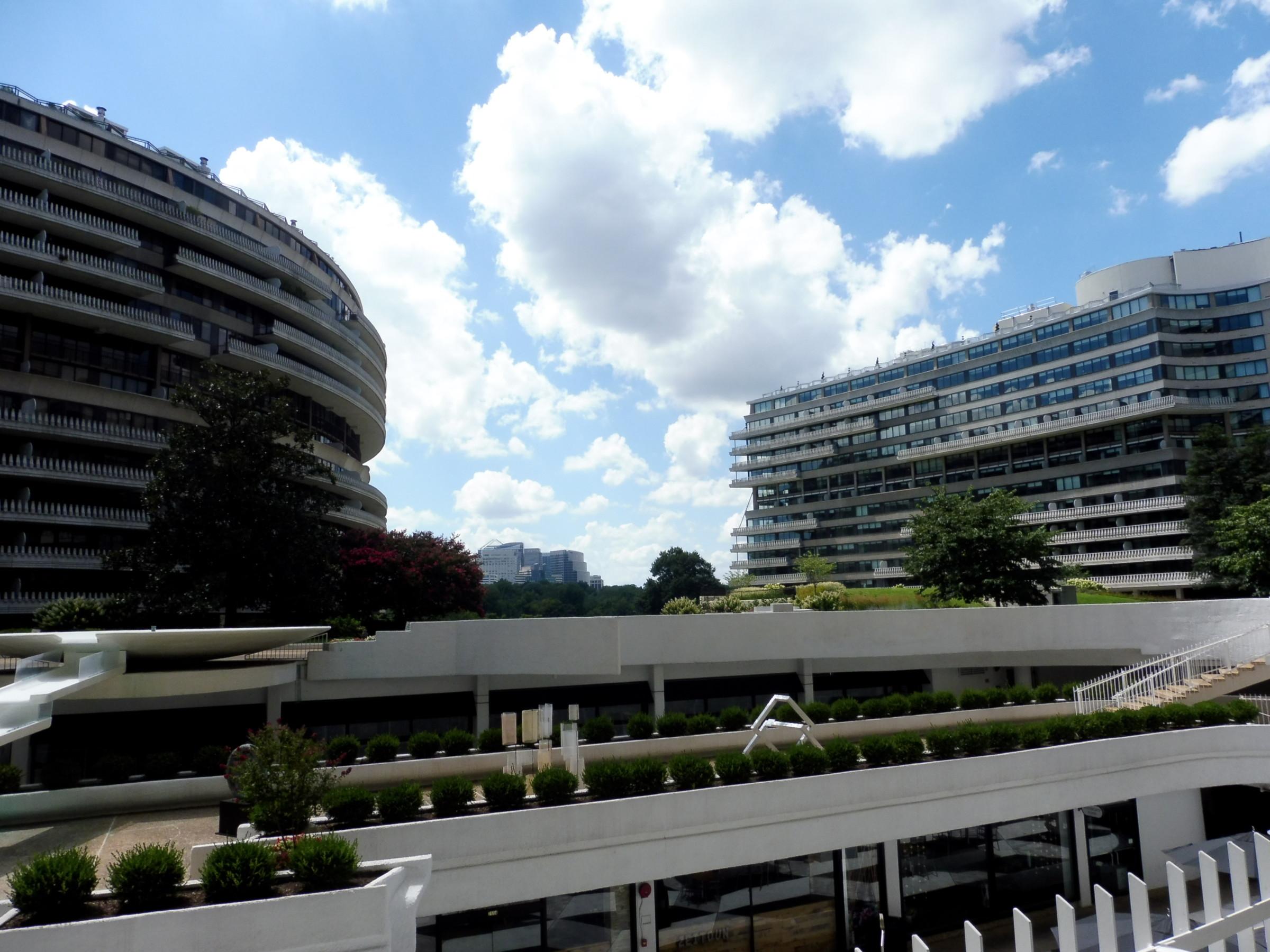 USA Watergate outside DC 2