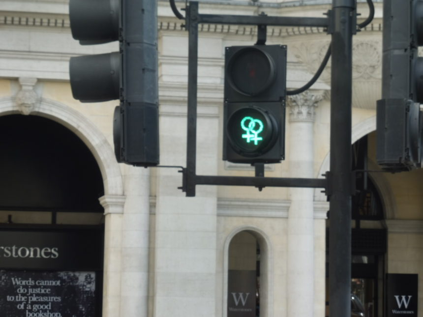 England around Trafalgar Square - lesbian traffic lights again